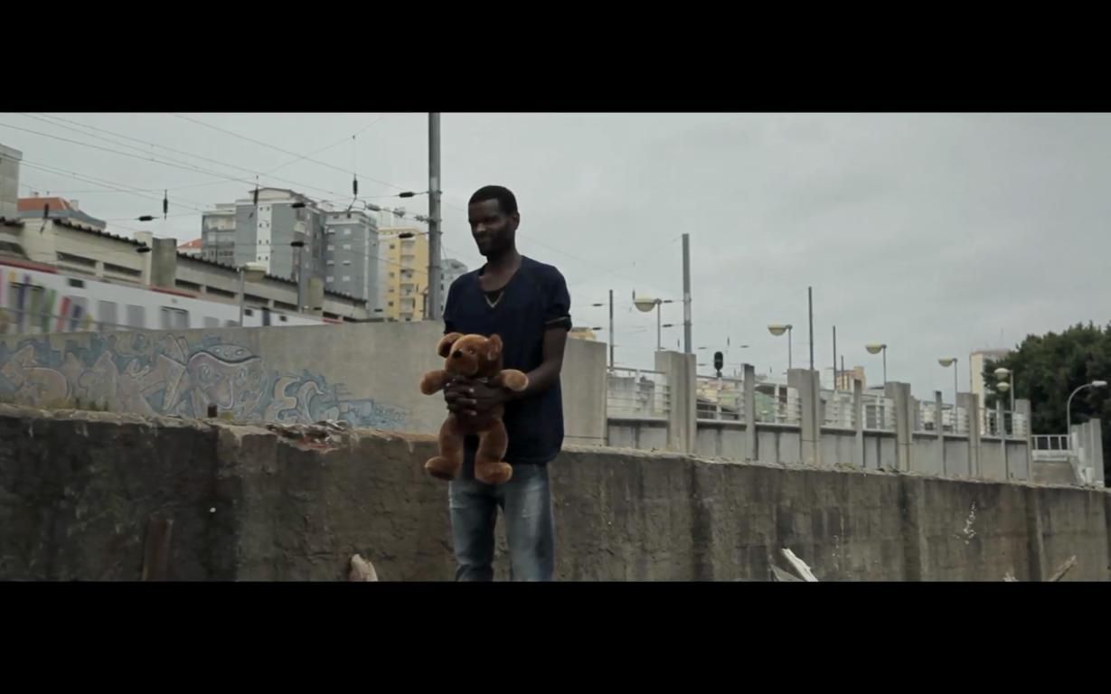 spoutnik biennale de l'image en mouvement 2014 nuvem negra